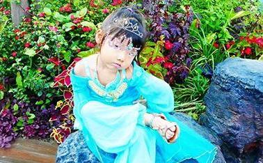 ユッキーナ 娘のかわいいお姫様姿